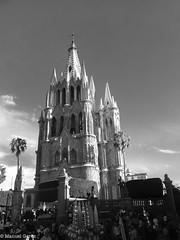 San Miguel de Allende (gerez2307) Tags: city light blackandwhite blancoynegro latinamerica architecture mexico outdoors colonial samsung ciudad galaxy sanmigueldeallende guanajuato constrast grandprime