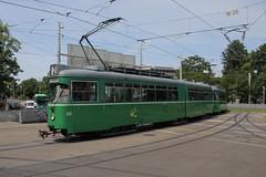 651 (KennyKanal) Tags: tram basel grn bvb basler verkehrsbetriebe dwag schienenfahrzeug drmmli