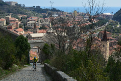 DSC_7915.  View with the cyclist. (angelodaVerona) Tags: sea panorama mountain castle bike del landscape climb san riviera mare cyclist with view liguria mountainbike entrance di vista ciclista difficult finale castello con giovanni finalborgo salita ligure difficile entrata ponente impegnativa