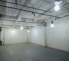 Empty Storefront (conceptual) Tags: usa white ny newyork blanco studio store industrial empty walls muros espacio eeuu vaco