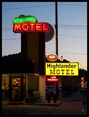 Highlander Motel (Dusty_73) Tags: road trip travel arizona usa sign america evening colorful neon williams dusk united highlander motel az roadtrip 66 route american signage approved states lit googie aaa