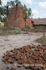 Mekong kiln compositions (10b travelling) Tags: river asian asia asien southeastasia vietnamese bricks delta vietnam asie brickworks kiln coconuts mekong indochine indochina mytho buildingmaterials 2015 bentre tenbrink carstentenbrink iptcbasic 10btravelling
