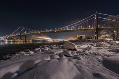 DSC_3653_1280 (Vrakpundare) Tags: bridge snow reflections river gteborg waterfront nightshot sweden gothenburg sverige bro sn stenaline rdasten gtalv lvsborgsbron henryblom vrakpundare