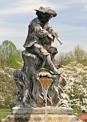 Ladew Gardens ~ fountain statue - HTT! (karma (Karen)) Tags: trees texture gardens stonework statues maryland fountains monkton dogwoods htt ladewtopiarygardens nrhp harfordco