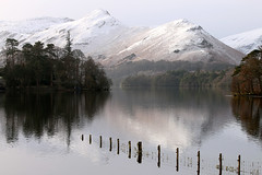 Catbells (Cumberland Patriot) Tags: park mountain lake snow mountains water high district derwent hill lakes peak national cumbria fells spy moor range capped fell maiden catbells cumbrian 451m