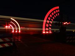 Spoorwegovergang Kinholtsweg Hoogeveen (Pieter Plas) Tags: train crossing trein spoorwegovergang