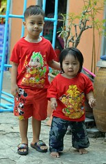 brother and sister in their chinese new year's outfits (the foreign photographer - ) Tags: new portraits thailand nikon toddler sister brother bangkok chinese years bang outfits bua khlong bangkhen d3200 feb62016nikon