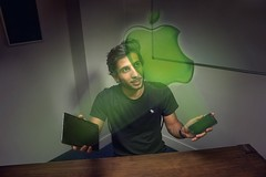 Apple et Kokoroe (kokoroe_ed_tech) Tags: apple digital mac technology ipod device smartphone era tablet numérique technologie iphone téléphone ipad tablette macbook ère
