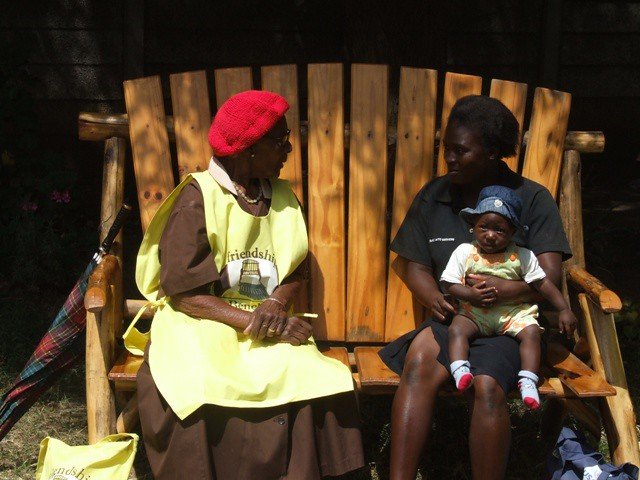 A Lay Health Worker meeting her client. Children are always welcome as it is important that they experience their parents recovering from depression
