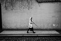 Pedestrian (michael.mu) Tags: leica blackandwhite bw monochrome 35mm czech prague streetphotography praha malstrana m240 leicasummicron35mmf20asph silverefexpro leicasummicronm1235mmasph