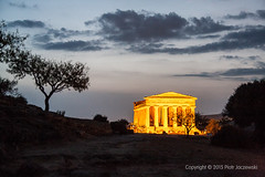 Concordia Temple at night (PeterJot) Tags: travel sky italy tree history archaeology nature horizontal architecture night landscape outdoors photography ancient europe dusk illuminated sicily thepast agrigento capitalcities traveldestinations colorimage architecturalcolumn oldruin internationallandmark italianculture templeofconcord builtstructure rockobject