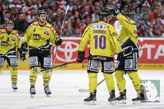 "DEL16 Kölner Haie vs. Krefeld Pinguine 17.01.2016 106.jpg • <a style=""font-size:0.8em;"" href=""http://www.flickr.com/photos/64442770@N03/24911423216/"" target=""_blank"">View on Flickr</a>"