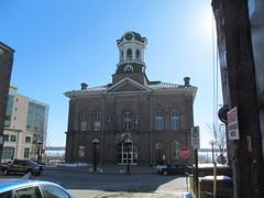 Victoria Hall (Brockville City Hall) (Quevillon) Tags: ontario canada cityhall brockville victoriahall brockvillecityhall unitedcountiesofleedsandgrenville