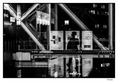 JATI201510_815R-BYN_FLK (Valentin Andres) Tags: bw byn blancoynegro station japan blackwhite ghost osaka japon fantasma estacin