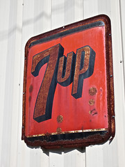 7-Up, Duncannon, PA (Robby Virus) Tags: sign metal soft drink pennsylvania rusty signage 7up duncannon