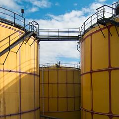 yellow tanks (D-j-L) Tags: vienna wien sky industry yellow canon austria industrial storage tanks s100 spittelau at