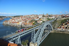 Ponte Luis I, Porto, 1 April 2016 (Mr Joseph Bloggs) Tags: bridge portugal hospital do metro d tram ponte porto april luis sao são santo joao joão bombardier i eurotram ovídio