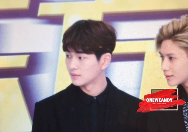 160328 Onew @ '23rd East Billboard Music Awards' 26104926005_6a99332a75_z
