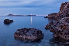 La luz que nos gua. (samurifu) Tags: nightphotography sunset faro ibiza nocturna poniente conejera