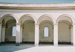 Trapani (arturo.gallia) Tags: architecture analog 35mm lomo lomography architettura trapani archi analogico