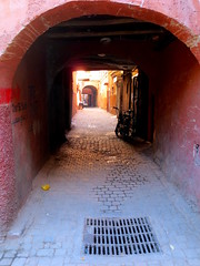 Marrakech -  (simon_berlin62) Tags: world life africa street old travel houses colour photography alley northafrica morocco arab maroc marrakech maghreb medina marrakesh colourful marokko ancienne  marrakesch 2016   nordafrika afriquedunord