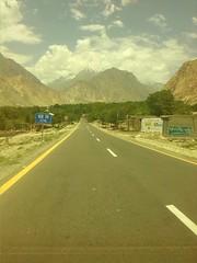 Karakoram Highway, Jutal Valley, Gilgit-Baltistan (nasar.ullah5) Tags: pakistan mountain karakoram kkh rakaposhi nagarvalley gilgitbaltistan sikandarabad