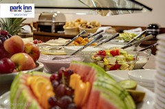 Park Inn by Radisson Hotel Berlin City West (EVENT Hotels) Tags: food detail berlin restaurant hotel carlson buffet frucht deu joghurt parkinn fruehstueck deutschlandgermany rezidor bueffett proventhotels