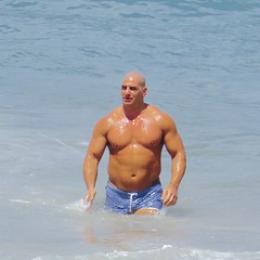 IMG_1098 (danimaniacs) Tags: shirtless man hot sexy guy beach pecs muscle muscular beefy bald trunks swimsuit stud mansolo