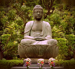 (NataThe3) Tags: park sculpture statue outdoor budda