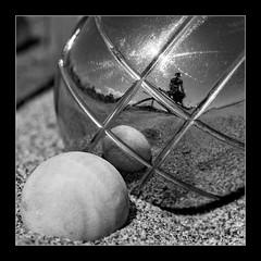 WINNING BOULE : JONATHAN MANASCO (jonathan manasco) Tags: monochrome photographer year games boules