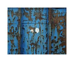 40 (ha*voc) Tags: urban 120 film mediumformat urbandecay rusty rangefinder 6x7 zaandam urbanfragments 65mm mamiya7ii kodakportra160 industrialfragments
