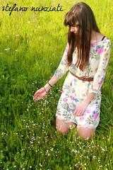 C#04 (Stefanunzio) Tags: flowers italy woman primavera girl grass donna spring italia c olive erba tuscany fiori toscana prato ragazza olivo poggioacaiano bonistallo
