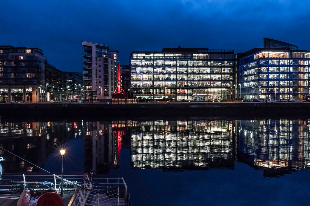 DUBLIN DOCKLANDS AT NIGHT [JANUARY 2016]-110816