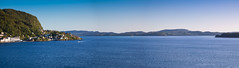 Salhus - Asky - Holsny panorama (desoda) Tags: ocean blue sea panorama water norway landscape nikon no bluesky 1855mm bergen nikkor hordaland vann hav bl landskap sj asky salhus bltt d40 blhimmel meland holsny hordvik tellevik tellevikkystfort