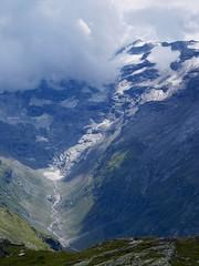deep in the valley (Riex) Tags: mountains alps alpes landscape schweiz switzerland suisse valley svizzera paysage a100 engadine montagnes amount graubnden grisons graubunden valfex sal1680z minoltaamount carlzeisssonyf35451680mm velle variosonnartdt35451680