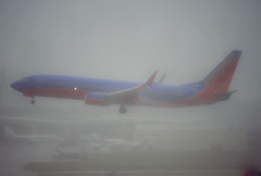 N8603F (robertjamesstarling) Tags: southwest rain down stop through boeing pissing airlines non soaked 738 kfll n8603f