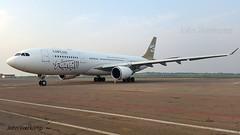 JV-2016-01-25-008 (johnveerkamp) Tags: plane airbus uganda airlines libyan a330202 5alar