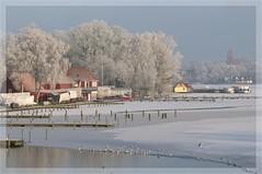 Winterwunderland (nirak68) Tags: schnee winter snow cold ice river deutschland rime lbeck eis raureif wakenitz flus zugefroren icebound 022366 c2016karinslinsede