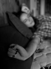 Good Morning 30 (Cadu Dias) Tags: morning light brazil portrait people bw woman hot luz window girl monochrome branco brasil female 35mm lens prime book bed bedroom nikon df day natural good retrato mulher grain pb dia preto bn e brazilian janela cama bom 35 dias ritratti manh cadu gro monocromtico feminilidade cadudias cadupdias nikondf