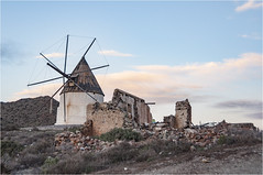 PARQUE NATURAL CABO DE GATA #2 (marodrixx62) Tags: sunset naturaleza mill landscape paisaje molino ruinas cabodegata crepsculo decadencia