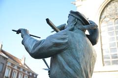 Bruegel standbeeld (VISITFLANDERS) Tags: bruegel visitflanders