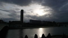 Rouen - Soleil et nuages sur la Seine (jeanlouisallix) Tags: light france seine soleil lumire ciel rouen maritime normandie nuages couchant clairobscure haute