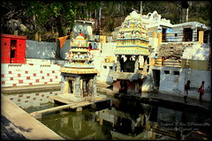 Anthargange Kashi Vishveshwara Temple, Kolar (Kaushik.N.Rao) Tags: india tourism landscape temple pond shrine hills caves devotion karnataka kolar placeofworship 2k16