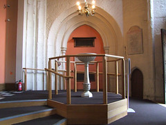 font (Simon_K) Tags: london church st christopher churches andrew holborn wren