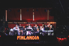 Big_Band_3012 (reklaamikari) Tags: music finland circus band tent orchestra bigband sirkus finlandia 2016 teltta sirkusfinlandia