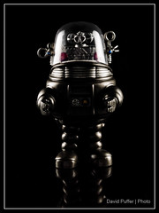 Week 16, Robby the Robot (Puffer Photography) Tags: stilllife studio toys pop actionfigures movies minifigs robby funko forbiddenplanet 2016 robbytherobot funkofantasy