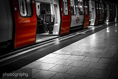 Mind the gap. 25/30 April Photo a Day (Alex Chilli) Tags: red london underground waiting doors open metro tube platform colourpop