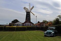 Waltham Windmill, Lincolnshire (Richard Brothwell) Tags: windmill car vw beetle windmills lincolnshire waltham canonefs1022mmf3545usm efs1022mmf3545usm canoneos70d canon70d richardbrothwell