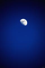 """""""Sister Moon"""" (Ilargia64) Tags: blue sky moon white catchycolors landscape bright amayasanchez"""