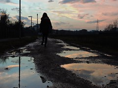 Peace after the rain (]alice[) Tags: she park pink parque light sunset parco rain clouds twilight tramonto ghiaia reflexions riflessi pioggia crepuscolo pozzanghera